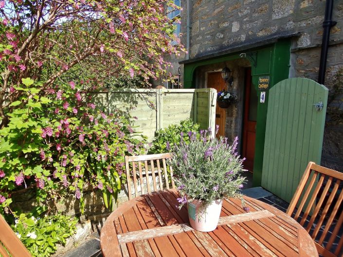Terraced, House, 1 bedroom Property for sale in Penzance, Cornwall for £140,000, view photo 16.