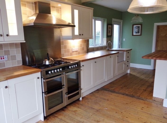 House, 3 bedroom Property for sale in Penzance, Cornwall for £350,000, view photo 10.
