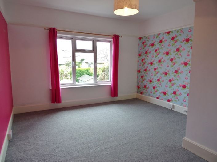 House, 3 bedroom Property for sale in Penzance, Cornwall for £350,000, view photo 12.