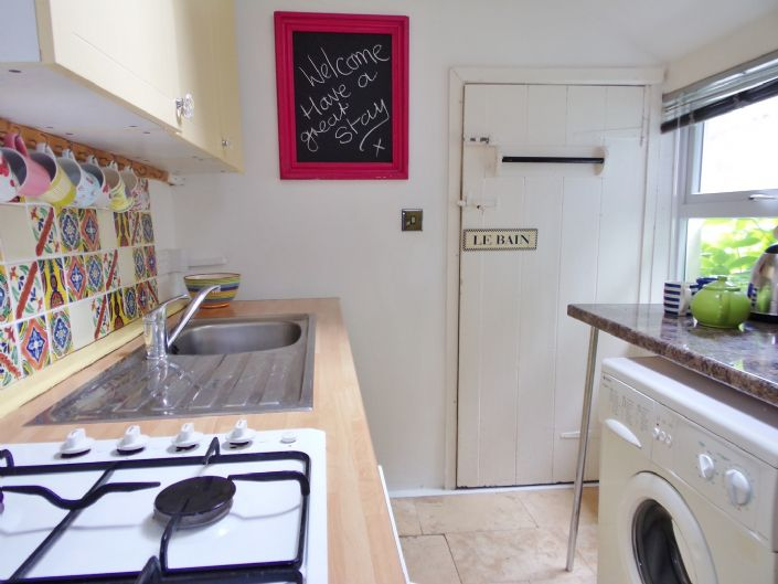 House, 4 bedroom Property for sale in St Ives, Cornwall for £300,000, view photo 8.