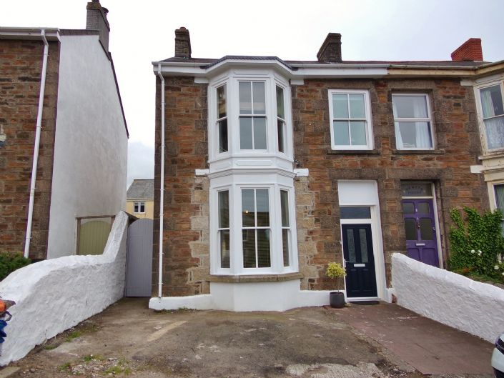 Semi Detached House, House, 3 bedroom Property for sale in Redruth, Cornwall for £200,000, view photo 1.