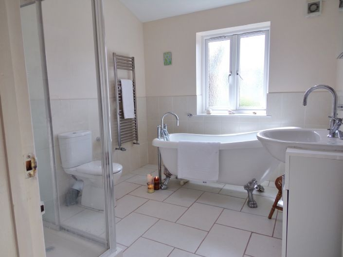 Semi Detached House, House, 3 bedroom Property for sale in Redruth, Cornwall for £200,000, view photo 11.