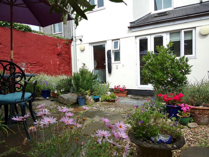 Semi Detached House, House, 3 bedroom Property for sale in Redruth, Cornwall for £200,000, view photo 15.