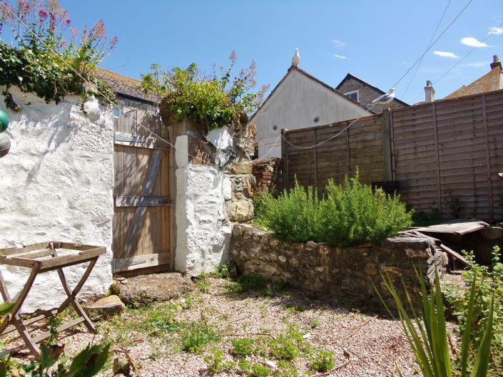 House, 5 bedroom Property for sale in Penzance, Cornwall for £500,000, view photo 15.