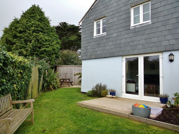 House, 3 bedroom Property for sale in Hayle, Cornwall for £170,000, view photo 2.