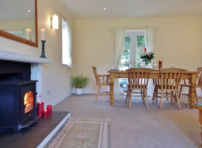 House, 3 bedroom Property for sale in Helston, Cornwall for £340,000, view photo 5.
