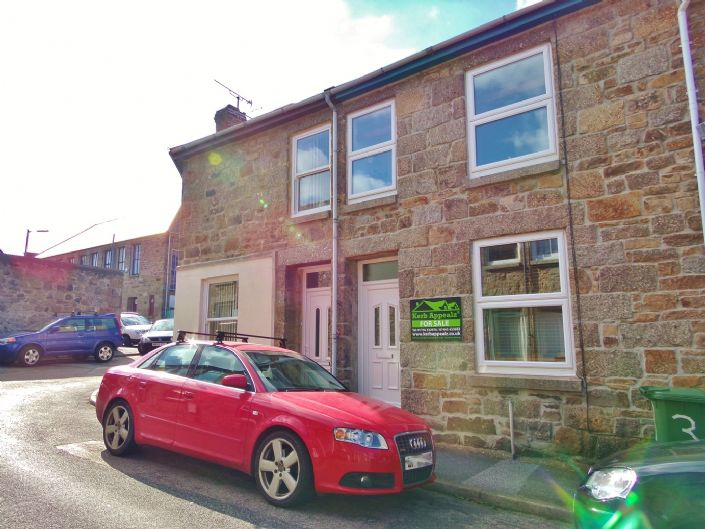 Terraced, House, 2 bedroom Property for sale in Penzance, Cornwall for £150,000, view photo 1.