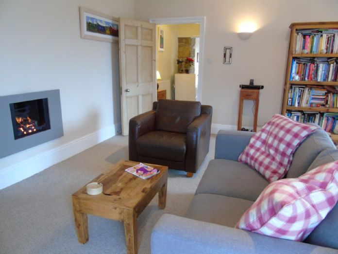 Flat, 1 bedroom Property for sale in Penzance, Cornwall for £130,000, view photo 6.