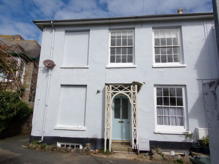 Flat, 1 bedroom Property for sale in Penzance, Cornwall for £130,000, view photo 16.