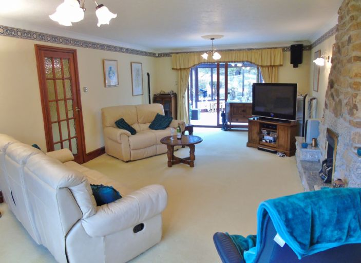 Bungalow, 3 bedroom Property for sale in Hayle, Cornwall for £475,000, view photo 4.
