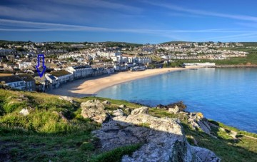 Holiday Home, Flat sold in St Ives: 4 Lower Saltings, Porthmeor Road, St Ives, Cornwall.  TR26 1NP, £325,000