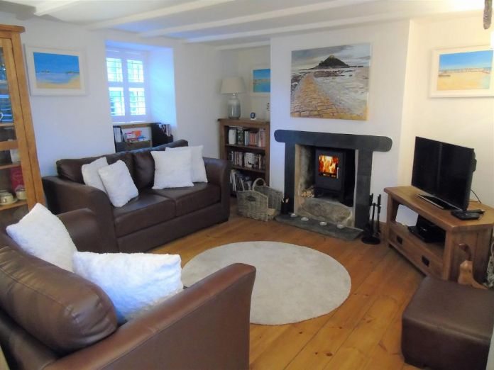 House, Holiday Home, 3 bedroom Property for sale in St Ives, Cornwall for £260,000, view photo 3.