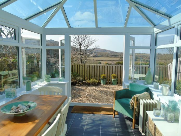 House, Holiday Home, 3 bedroom Property for sale in St Ives, Cornwall for £260,000, view photo 5.