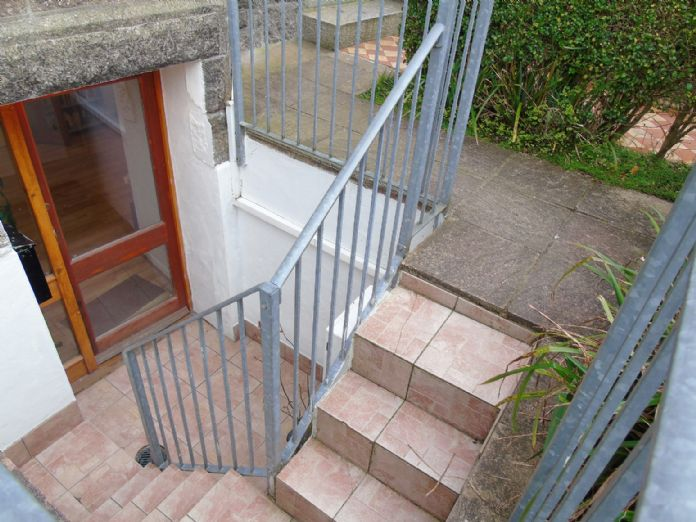 Flat, 2 bedroom Property for sale in Penzance, Cornwall for £145,000, view photo 2.