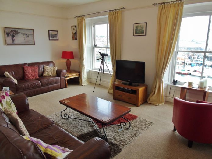 Terraced, House, Holiday Home, 3 bedroom Property for sale in Penzance, Cornwall for £265,000, view photo 4.