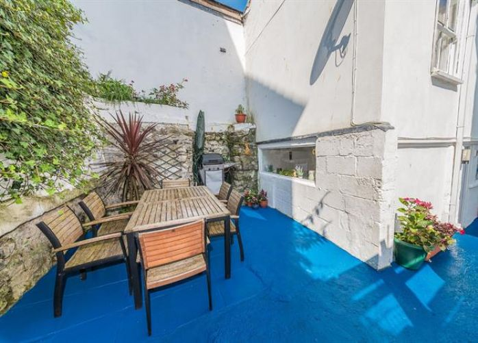 Terraced, House, Holiday Home, 3 bedroom Property for sale in Penzance, Cornwall for £265,000, view photo 16.