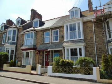 House sold in Penzance: 3 Tolver Road, Penzance, Cornwall.  TR18 2AG, £210,000