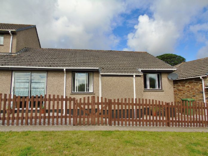 Bungalow Property for sale in Hayle, Cornwall for £160,000, view photo 1.