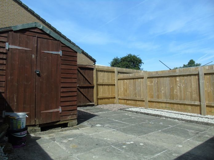 Bungalow, 1 bedroom Property for sale in Penzance, Cornwall for £135,000, view photo 15.