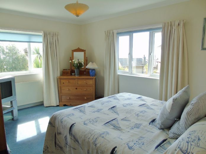 House, 4 bedroom Property for sale in Penzance, Cornwall for £525,000, view photo 13.
