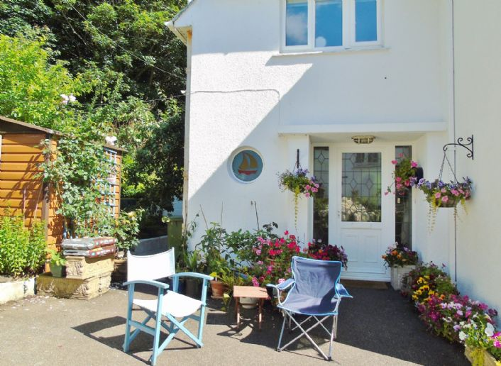 House, 4 bedroom Property for sale in Penzance, Cornwall for £525,000, view photo 15.