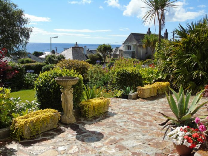 House, 4 bedroom Property for sale in Penzance, Cornwall for £525,000, view photo 16.