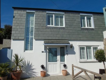 House sold in St Ives: Higher Carbence, St Ives Road, Carbis Bay, St Ives.  TR26 2PX, £340,000