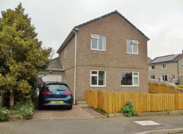 Detached House, House sold in Penzance: Boskernick Close, Newlyn, Penzance, Cornwall.  TR18 5EY, £240,000