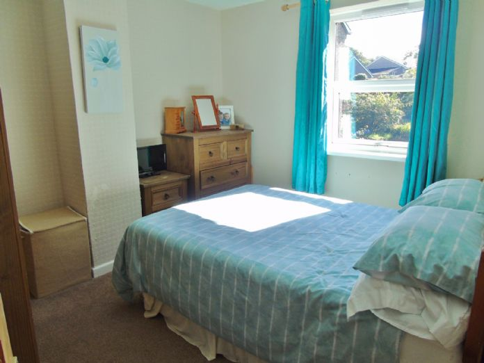 Terraced, House, 4 bedroom Property for sale in Penzance, Cornwall for £200,000, view photo 9.