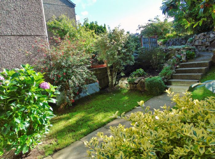 Terraced, House, 4 bedroom Property for sale in Penzance, Cornwall for £200,000, view photo 15.
