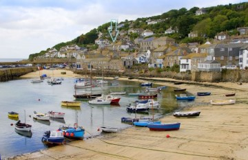 House for sale in Mousehole: St Clements Terrace, Mousehole, Penzance, Cornwall. TR19 6SJ, £300,000