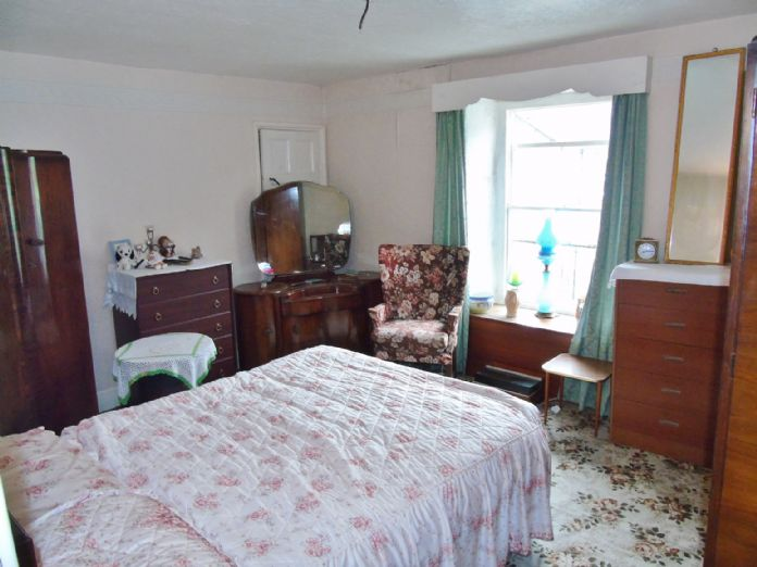House, 2 bedroom Property for sale in Mousehole, Cornwall for £300,000, view photo 10.