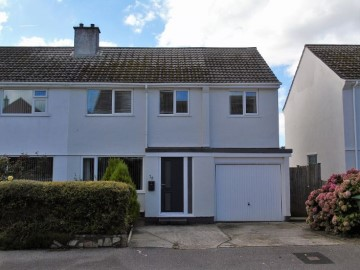 House sold in Penzance: 28 Polmor Road, Crowlas, Penzance, Cornwall.  TR20 8DW, £220,000