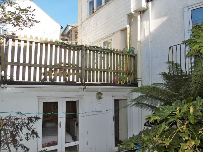 House, Holiday Home, 3 bedroom Property for sale in Mousehole, Cornwall for £300,000, view photo 14.