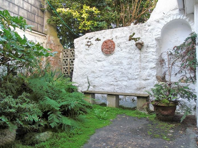 House, Holiday Home, 3 bedroom Property for sale in Mousehole, Cornwall for £300,000, view photo 15.