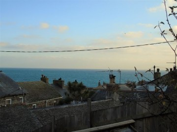 Semi Detached House, House, Holiday Home sold in Mousehole: Virgin Place, Mousehole, Penzance, Cornwall.  TR19 6RA, £250,000