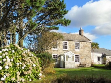 Detached House, House, Holiday Home for sale in St Just: Trewellard Hill, Pendeen, Penzance, Cornwall.  TR19 7TE, £425,000