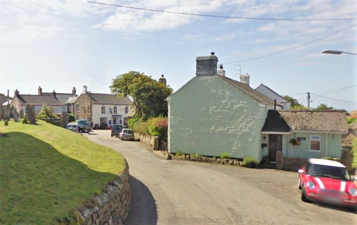 House, 2 bedroom Property for sale in St Buryan, Cornwall for £170,000, view photo 3.