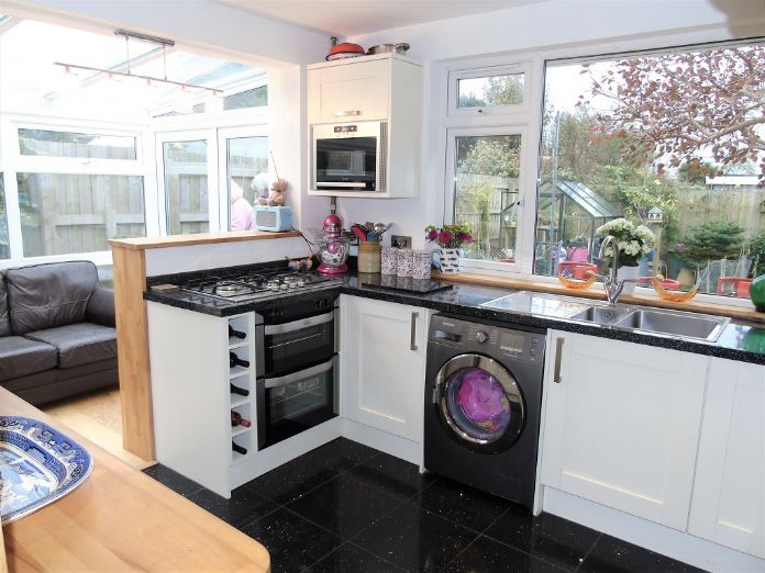 Bungalow Property for sale in Mullion, Cornwall for £210,000, view photo 6.