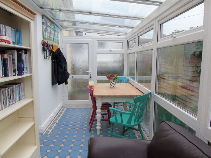 Bungalow Property for sale in Mullion, Cornwall for £210,000, view photo 9.