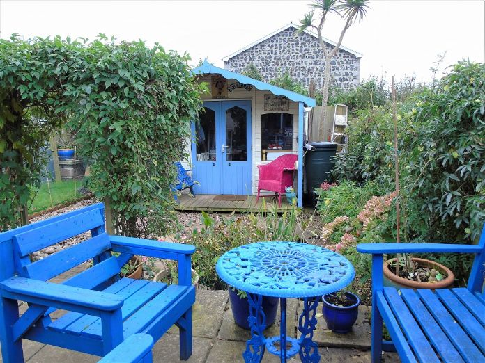 Bungalow Property for sale in Mullion, Cornwall for £210,000, view photo 14.