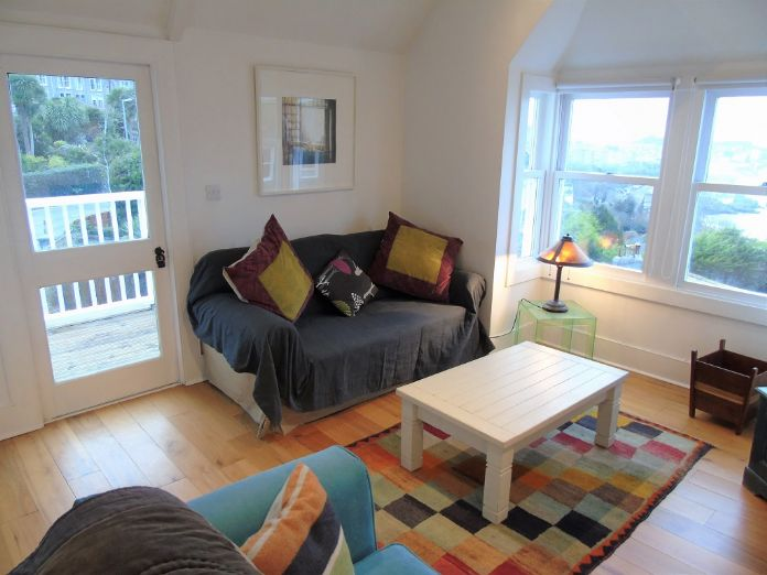 End of Terrace, House, 3 bedroom Property for sale in St Ives, Cornwall for £550,000, view photo 4.