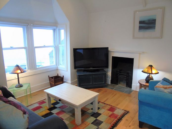 End of Terrace, House, 3 bedroom Property for sale in St Ives, Cornwall for £550,000, view photo 5.