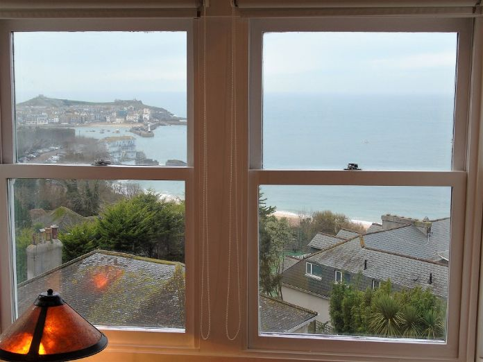 End of Terrace, House, 3 bedroom Property for sale in St Ives, Cornwall for £550,000, view photo 6.