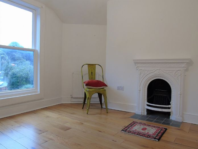 End of Terrace, House, 3 bedroom Property for sale in St Ives, Cornwall for £550,000, view photo 8.