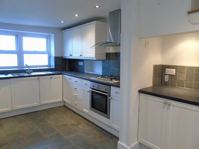 End of Terrace, House, 3 bedroom Property for sale in St Ives, Cornwall for £550,000, view photo 11.