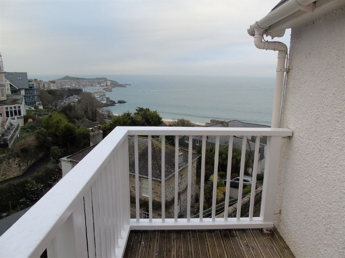 End of Terrace, House, 3 bedroom Property for sale in St Ives, Cornwall for £550,000, view photo 16.