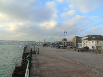 End of Terrace, House, Holiday Home for sale in Penzance: 30 Cornwall Terrace, Penzance, Cornwall.  TR18 4HL, £265,000