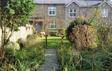 Terraced, House sold in Penzance: Chycornick Terrace, Gulval, Penzance, Cornwall.  TR18 3BU, £190,000