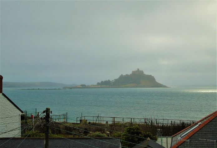 Terraced, House, 3 bedroom Property for sale in Penzance, Cornwall for £140,000, view photo 14.